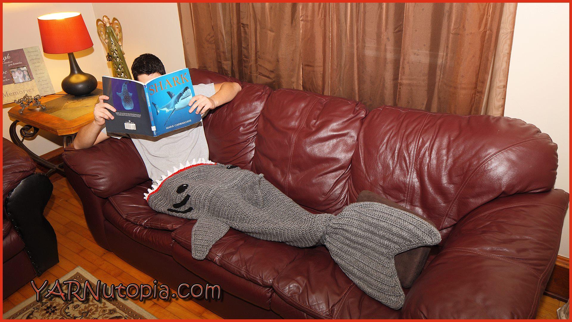 Crochet Tutorial Adult Shark Blanket Yarnutopia By Nadia Fuad