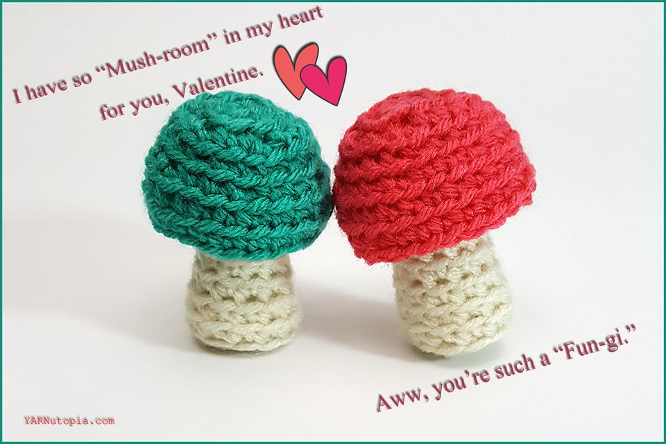 Amigurumi Cacti. Make these crochet bookends to decorate your home! | 640x960